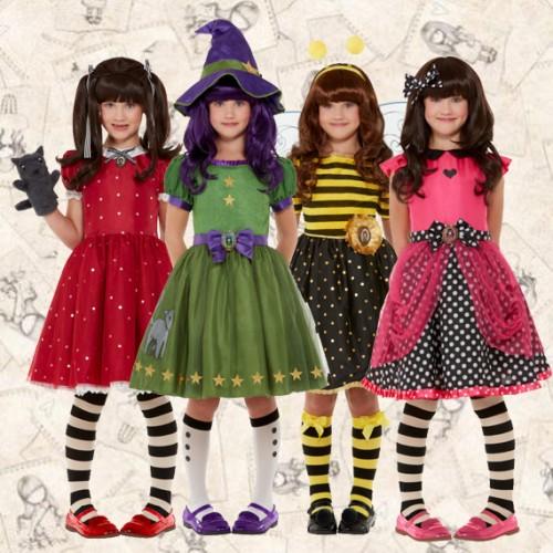 Οι κούκλες Santoro έλυσαν τη σιωπή τους: στολή θα πάρουμε από τις 4 εποχές