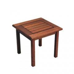 Τραπεζάκι ξαπλώστρας Side τετράγωνο ξύλινο σε κοκκινωπό χρώμα